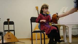 Концерт в музыкальной школе, Вера Котенок 6 лет, Харьков, музыкальная школа №12 им. К. Шульженко