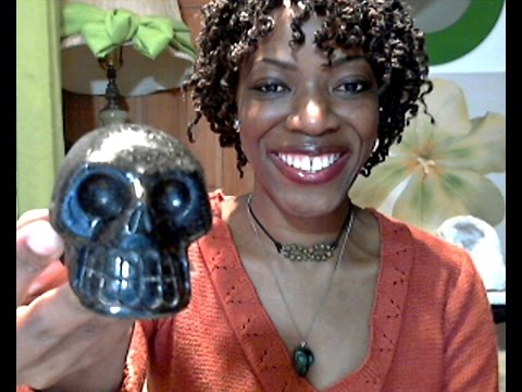 Crystal Skulls: Why I Love & Use Crystal Skulls (My Personal Experience)