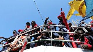 Migrantes: Itália violará direito internacional humanitário se fechar portos