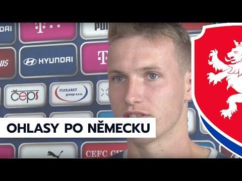 Jakub Jankto a Tomáš Chorý po zápase s Německem