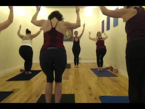 60 Minute Power Yoga Flow with Leah Garniss - Feb. 2017