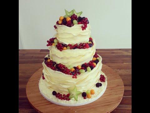 dreistckige fruchtige Hochzeitstorte ohne Fondant  Deko