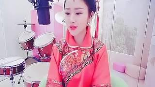 Cô Dâu Không Phải Là Em - Tiểu Hà Mễ ( 新娘不是我 - 小虾米 )