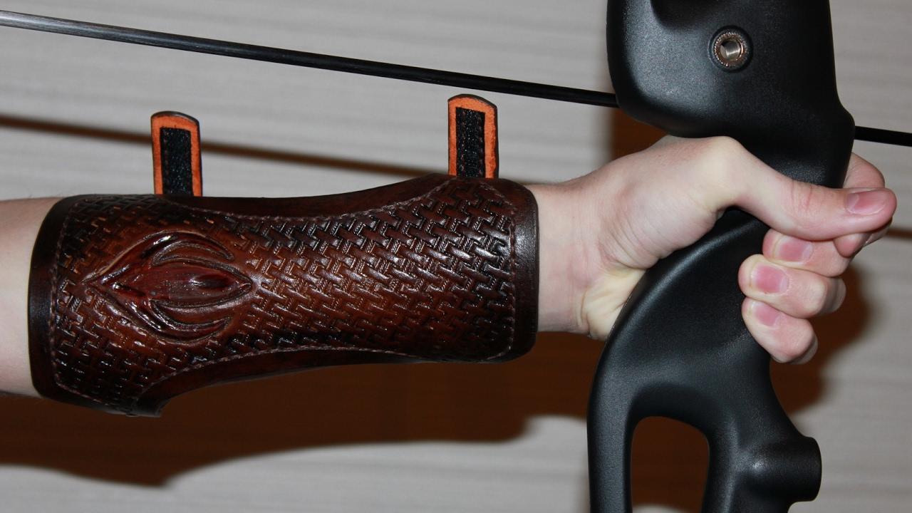 Защита руки для лучника своими руками