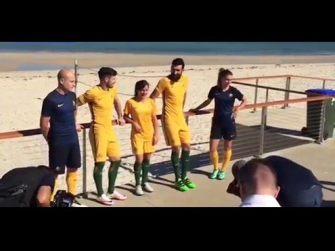Australian soccer teams launch their new all yellow playing kit