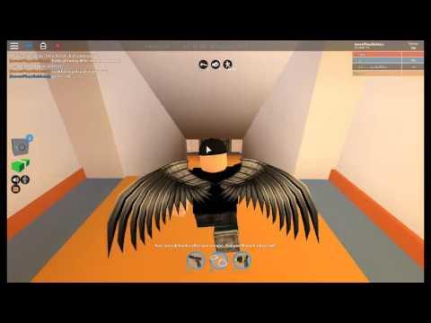 HOW TO ESCAPE/GET DEFENCE IN JAILBREAK  AS A PRISONER