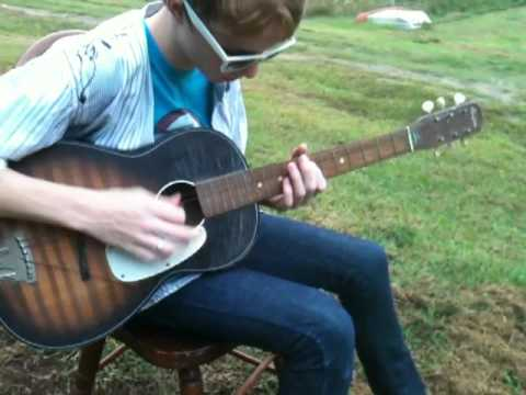 two string guitar blues on an old parlor guitar with two strings youtube. Black Bedroom Furniture Sets. Home Design Ideas
