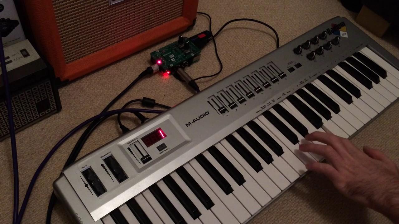 Blokas PiSound demo 1 - audio and MIDI interface for Raspberry Pi