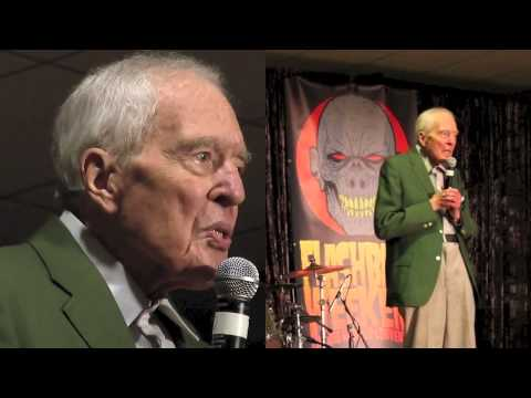 The Tall Man Sings!  Angus Scrimm at Flashback Weekend 2014