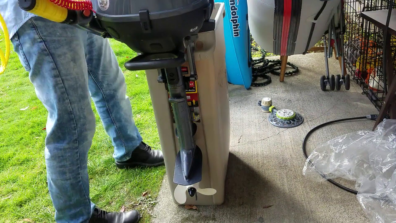 yamaha outboard 25hp flushing in rubbermaid slim jim trash can video 3