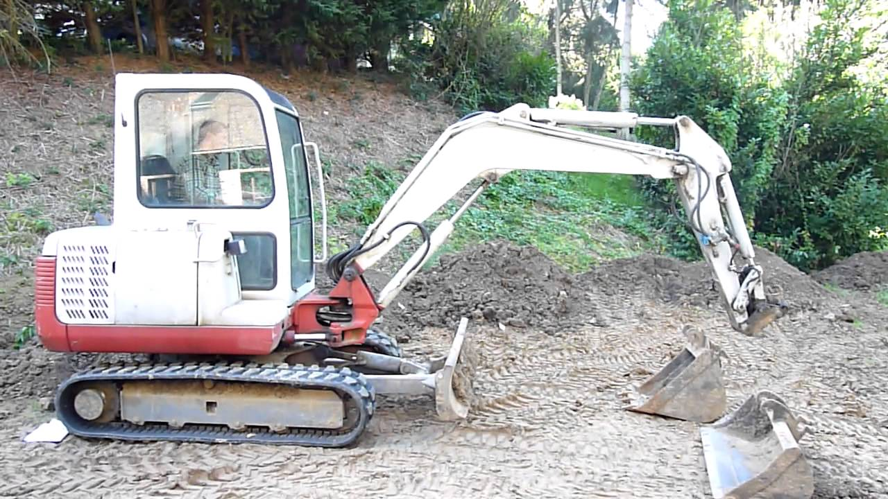 takeuchi mini pelle mini excavator 3 5 tonnes ann e 2001. Black Bedroom Furniture Sets. Home Design Ideas