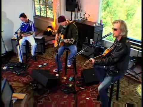 Roadhouse Blues - Daryl Hall with Robby Krieger & Ray Manzarek of The Doors