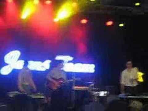 Jeans Team - Das Zelt (Live at Sonnenrot festival 2007)