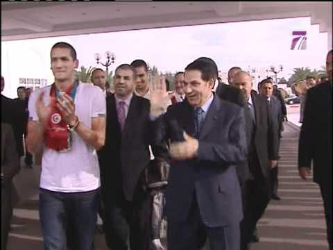 Khaled El Hallek et Lotfi Zidane encore et toujours !!!  il était une fois  le 22 12 10 avec Ben Ali sur Tunis 7