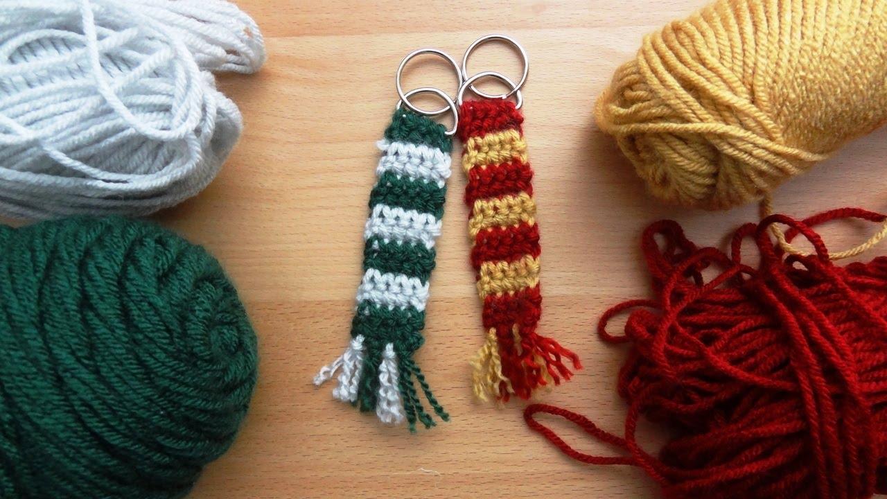 Crochet Slytherin Scarf Keychain - YouTube