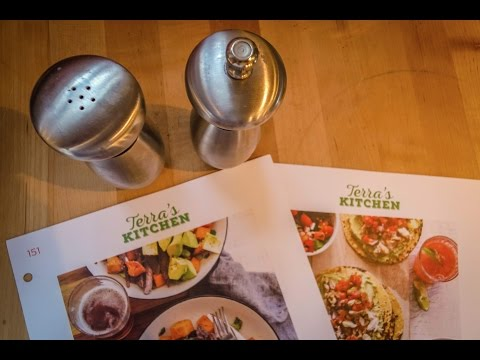 Terra's Kitchen Fresh Meal Delivery Service — UNBOXING