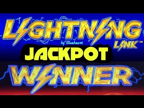 Lightning Jackpots Slot Machine