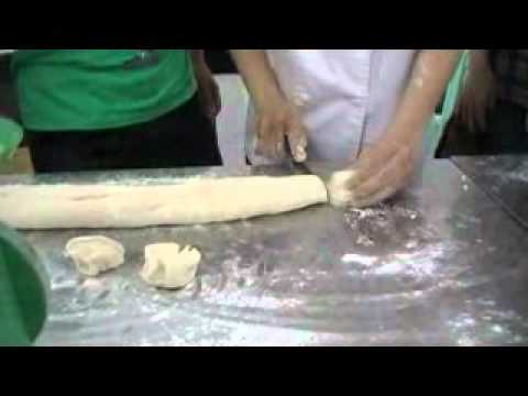 Day lam Banh mi trung vit muoi.flv`