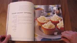 Lets Look Inside CUPCAKE HEAVEN Cookbook Photos Decorating Ideas