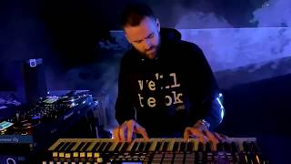 Gunshots - Annabel Turner & Gareth Emery - Official Live Music Video