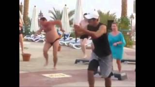 Женщина, я не танцую(, 2015-10-13T01:52:23.000Z)