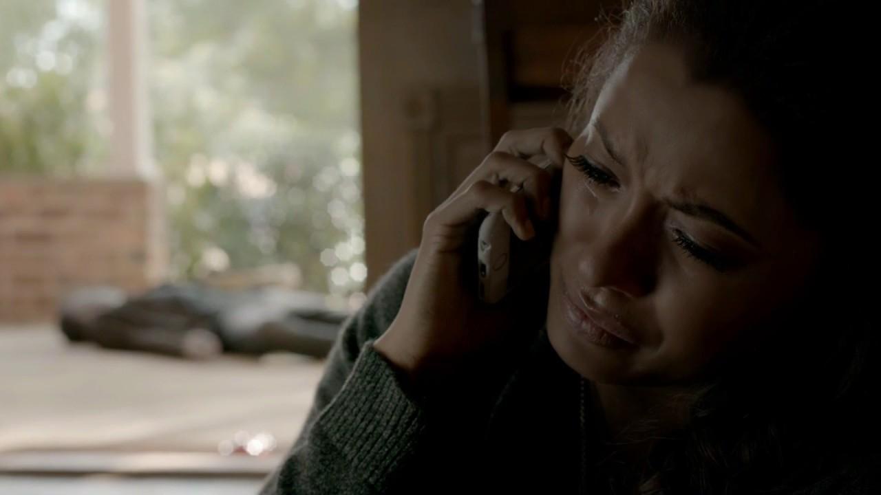 Download Enzo & Bonnie:8x12:Bonnie Tells Damon That Sefan Killed Enzo