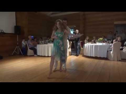 Свадебный танец Елены Коневой и Виктора Приймака (бразильский зук) @ На Даче 2014.08.09