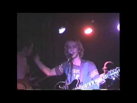 Complete Footage  Radio On @ The 400 Bar, Minneapolis MN     Late September, 2006