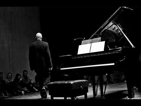 Bach: Prelude in E-flat minor. Anton Batagov, piano