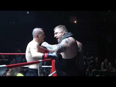 FKFOX Lightheavyweight British title fight