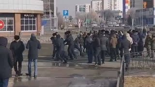 Митинг в Уральск е, один день бесправие! 22 февраля