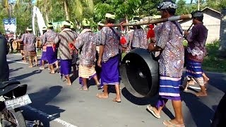 Traditional music in Indonesia (Lombok Island)