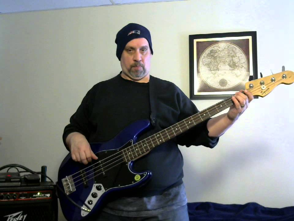 bass review of squier affinity jazz bass in hd youtube. Black Bedroom Furniture Sets. Home Design Ideas