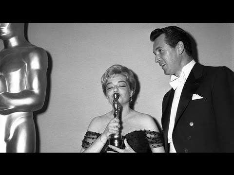 Simone Signoret Wins Best Actress: 1960 Oscars