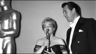 "Simone Signoret winning Best Actress for ""Room at the Top"""