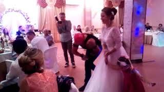 Заводная невеста!
