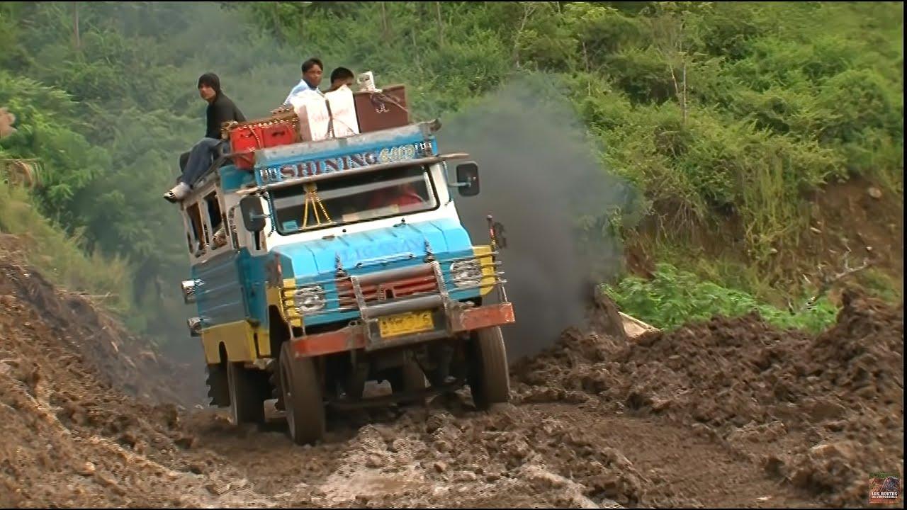 Les routes de l'impossible - Philippines Quand la Montagne Gronde