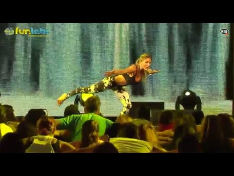 Power Yoga  Sculpt με την Νίκη Πετρουλάκη (What's Up FunLabs - Dance-Fitness Fit-Trip)