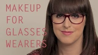 Back to Basics: Make-up for Glasses Wearers Thumbnail
