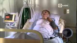 Tito tuvo su cita a ciegas con una moribunda - Al fondo hay sitio - 22/05/2015