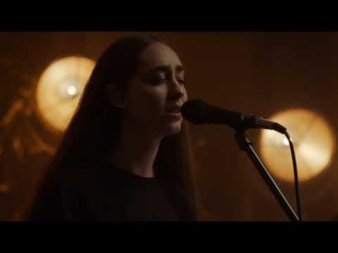 Смотреть клип Fleurie - Love Has No Limits