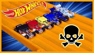 RACE: BONE SHAKER Series 12, Race 3 - Hot Wheels