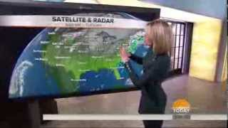 Dylan Dreyer - walking and standing - Today Show - December 24, 2013