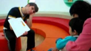 Kidsrepublic 영어키즈까페 라파엘선생님과 스토리텔링(storytelling)