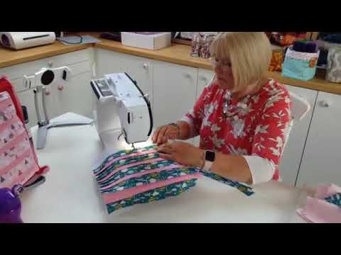 How to make a pleated cushion