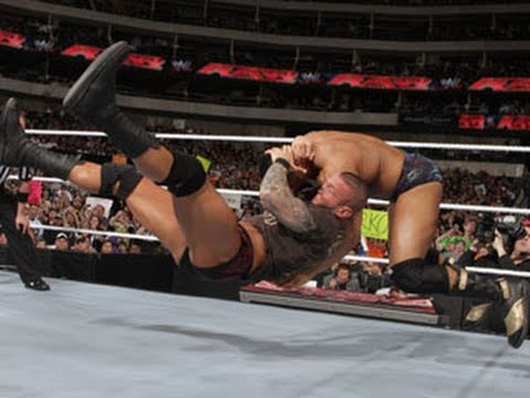 Raw: Randy Orton vs. David Otunga