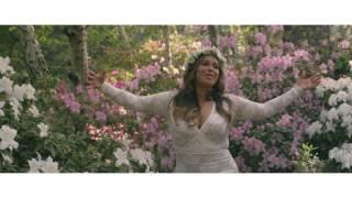 Смотреть клип Chiquis Rivera - Ahora