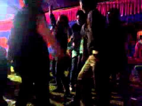 Lại Bay Nhảy Đám Cưới - DJ J U S T
