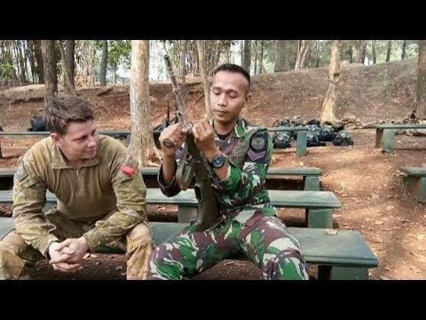 Tentara Australia Heran Liat Anggota TNI Bongkar Senjata Cepat