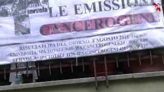 """Operai della Ferriera di Trieste: """"Sversamenti inquinanti quotidiani, ecco le prove"""""""